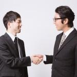 ノンバーバルコミュニケーションで人を惹きつける11の方法